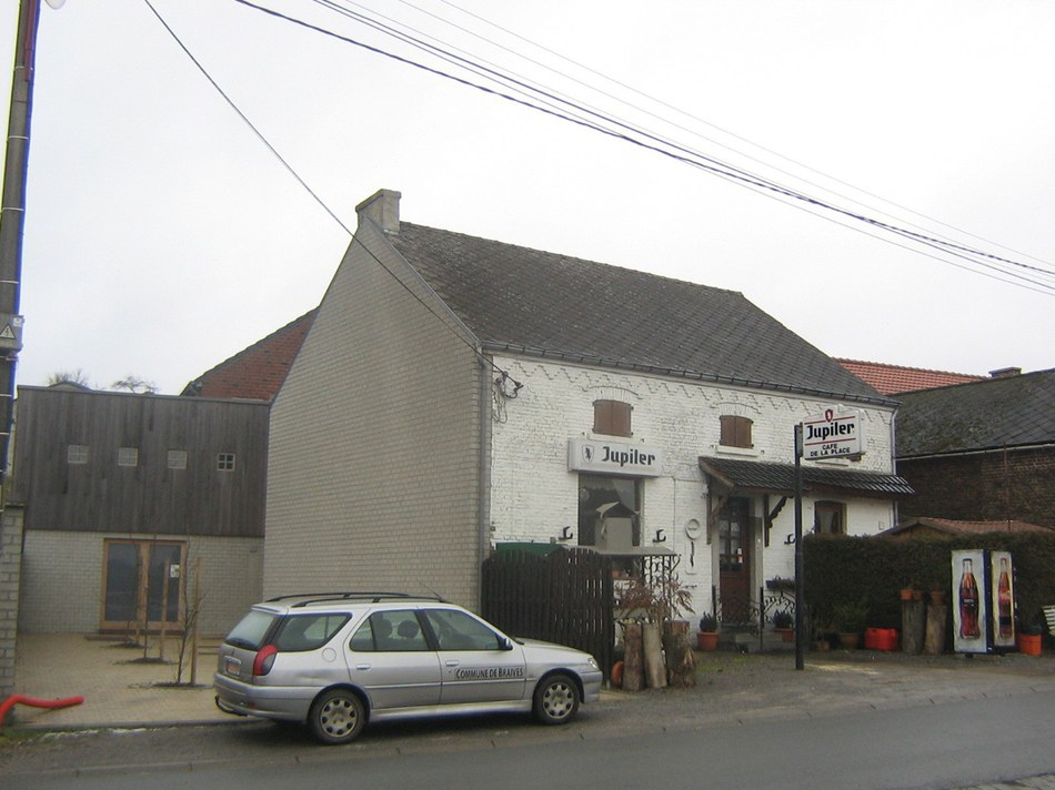 MV Avennes 12